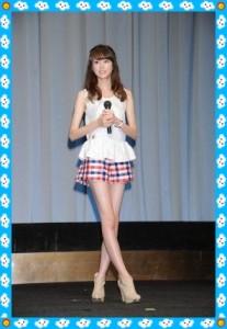 桐谷美玲の脚が細くてスタイルがいい画像03